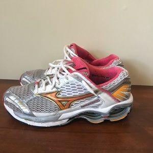 Mizuno Women's Running Shoes - Size 8.5